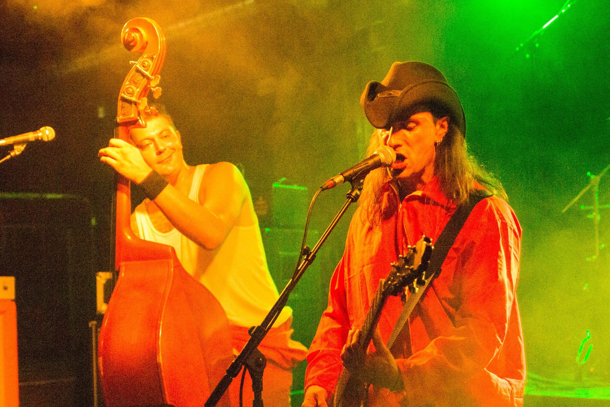 Les NRV (punkabilly, Genève) en concert à l'Undertown de Meyrin, 19 septembre 2015